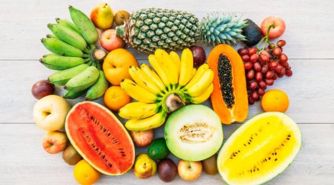 Diyetinize Ekleyebileceğiniz En İyi 9 Yaşlanma Karşıtı Meyve