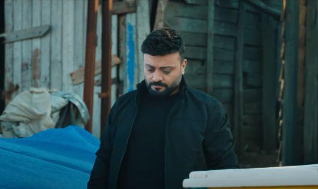 Mehmet Yenigün - Attım Kadehi Şarkı Sözü