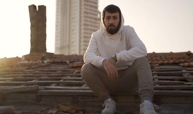 Mustafa Karali - Kenar Mahalle Şarkı Sözü